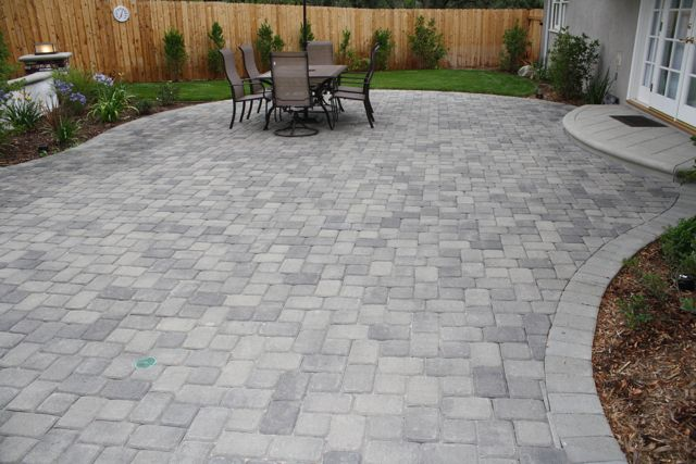 Trained and certified installer of interlocking concrete pavers